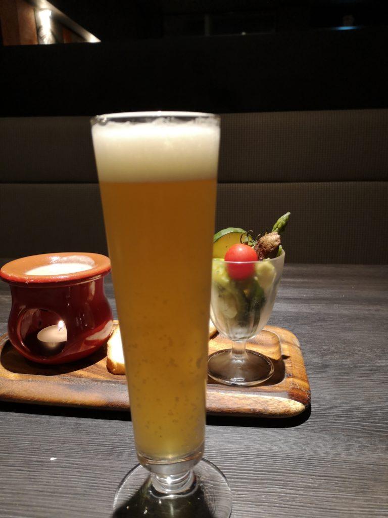 ビールとバーニャカウダ
