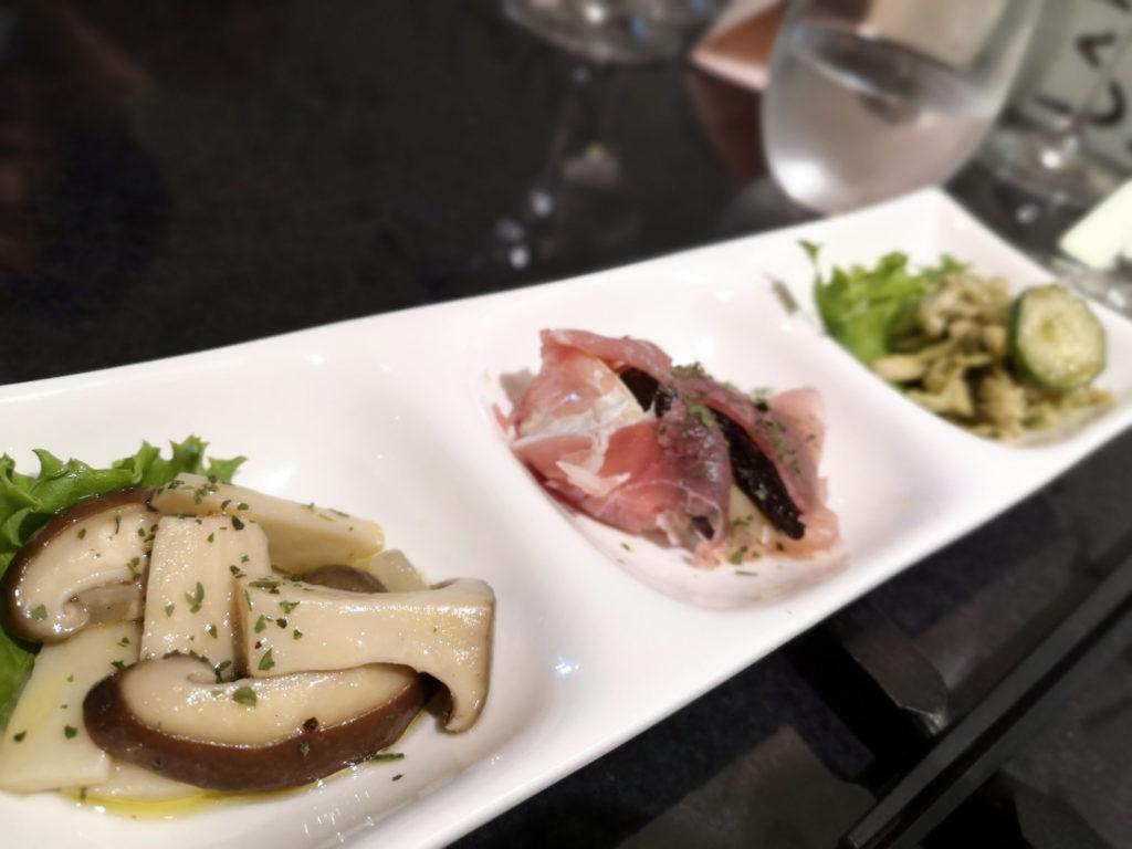 『日本ワインお店かくはち』料理画像1