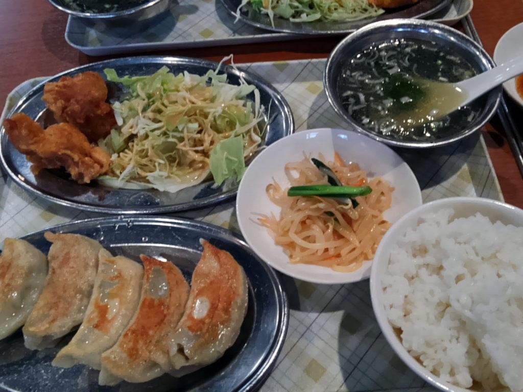 新橋『味満餃子』餃子定食