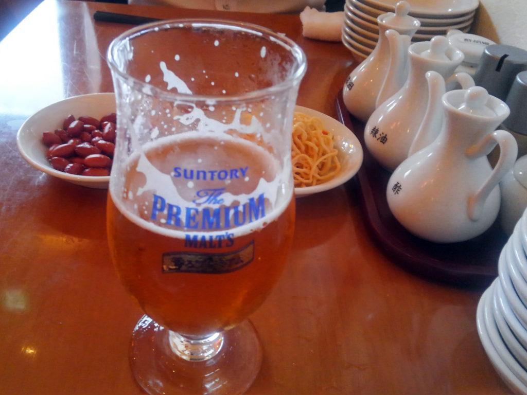 『一味玲玲 新橋2号店』生ビールとお通し