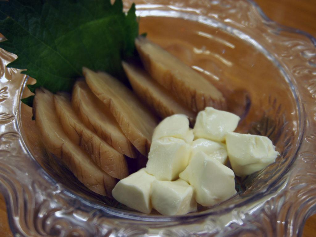 桜木町『和来 野毛店』燻りガッコクリームチーズ