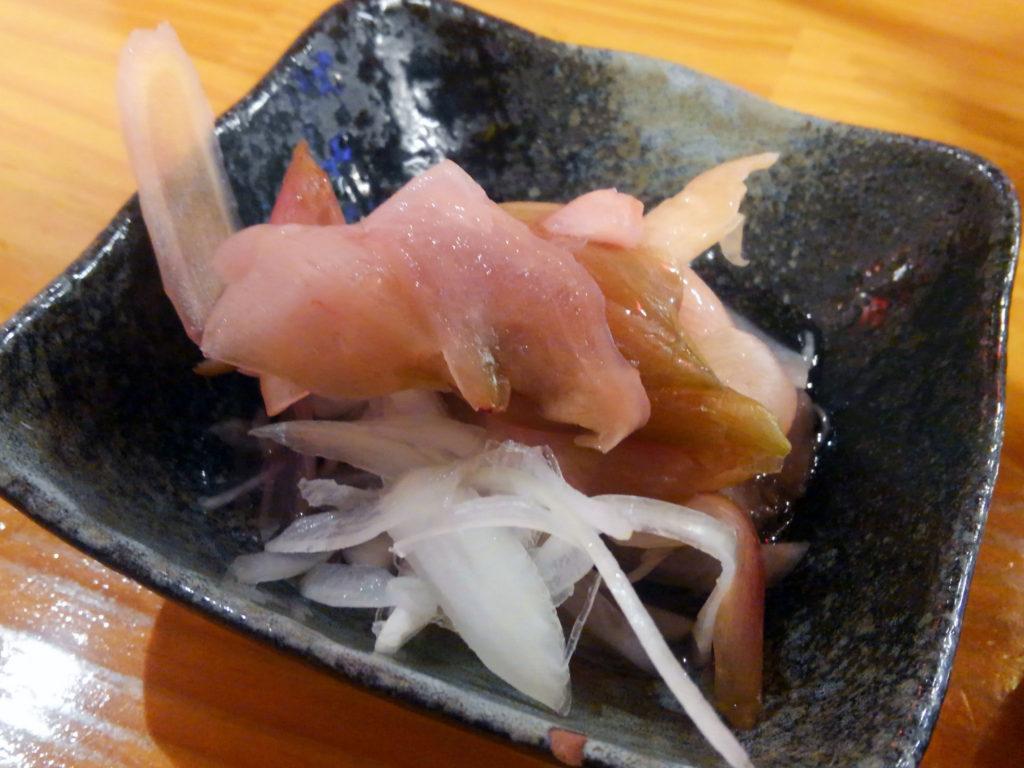 桜木町『和来 野毛店』新玉ねぎとミョウガのサラダ